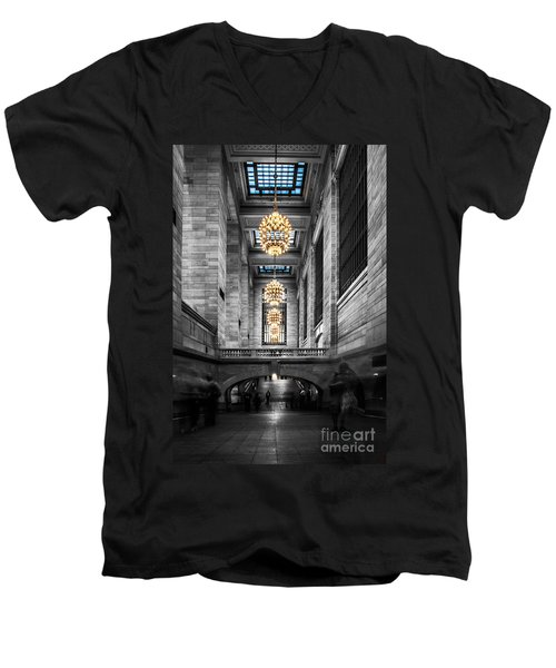 Grand Central Station IIi Ck Men's V-Neck T-Shirt