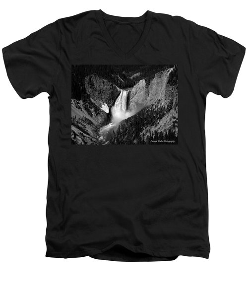 Men's V-Neck T-Shirt featuring the photograph Grandeur by Lucinda Walter