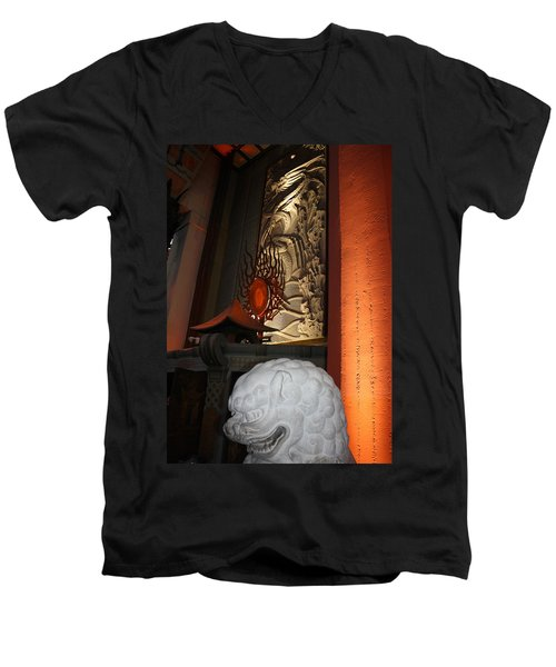 Grauman's Chinese Theatre Men's V-Neck T-Shirt