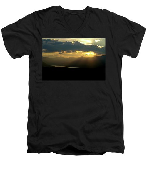 Men's V-Neck T-Shirt featuring the photograph Great Divide Light by Jeremy Rhoades