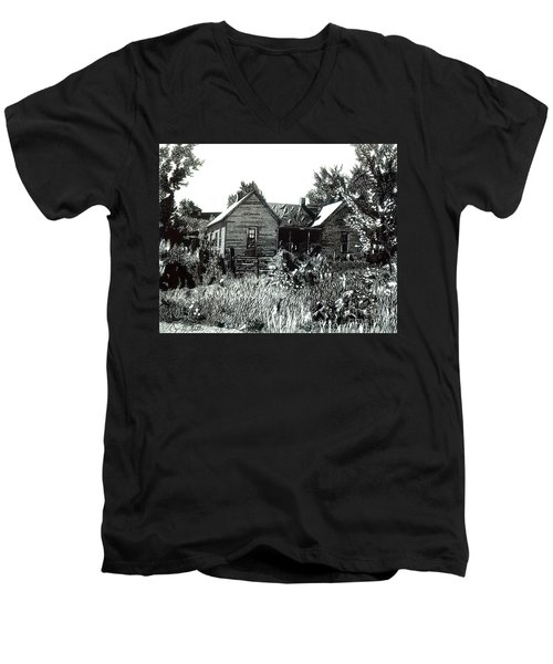 Greatgrandmother's House Men's V-Neck T-Shirt