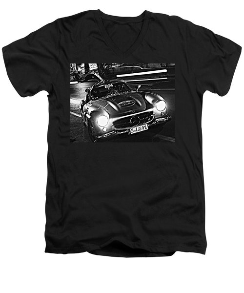 Gullwing In Rome Men's V-Neck T-Shirt