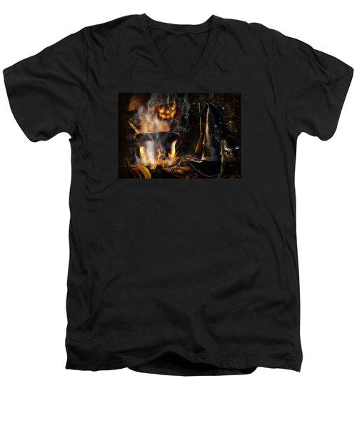 Halloween' Spirit Men's V-Neck T-Shirt