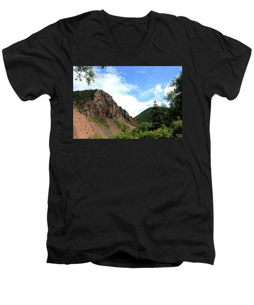 Hills Men's V-Neck T-Shirt