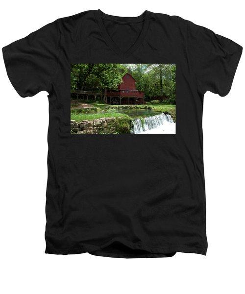 Hodgson Mill Men's V-Neck T-Shirt