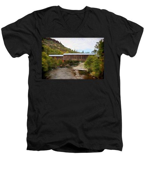 Honey Run Covered Bridge Men's V-Neck T-Shirt