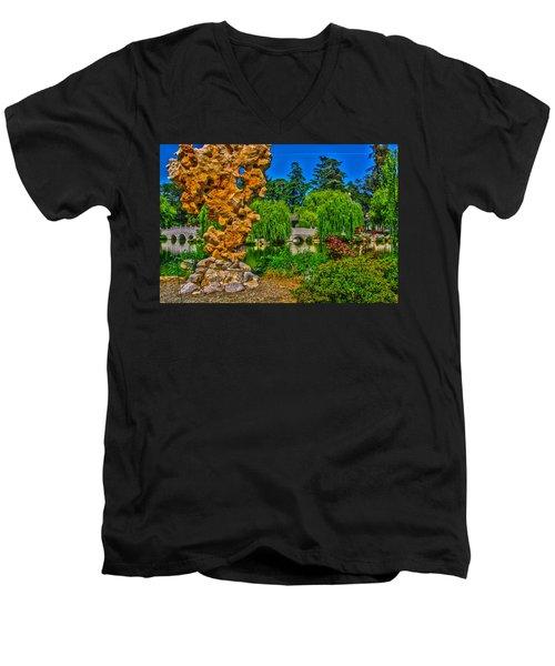 Huntington Gardens Ca Men's V-Neck T-Shirt
