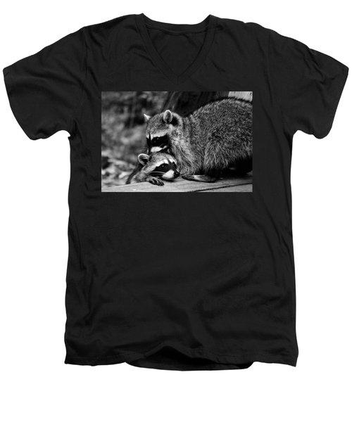 I Need Some Help Mommy Men's V-Neck T-Shirt