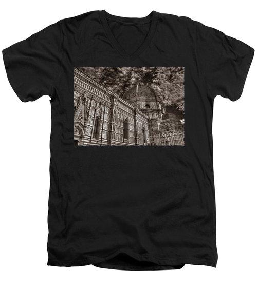 Il Duomo Men's V-Neck T-Shirt