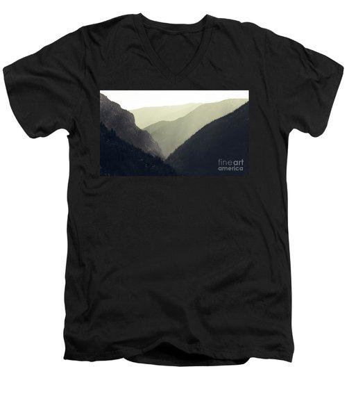 Interleaving Giants Men's V-Neck T-Shirt