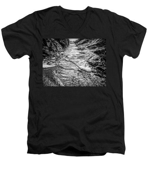 It's A Rush Browns Beach  Men's V-Neck T-Shirt by Roxy Hurtubise