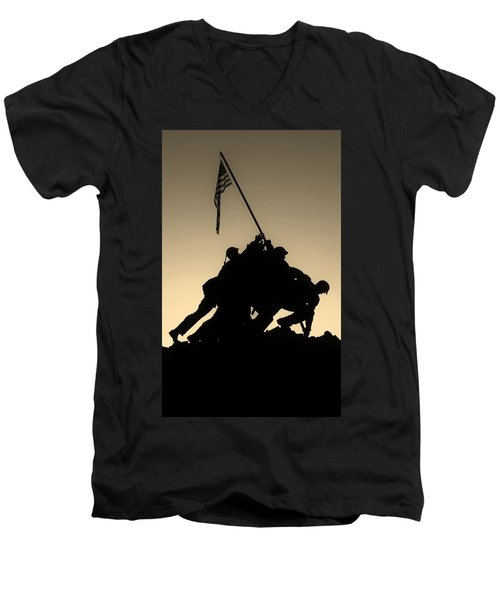 Iwo Men's V-Neck T-Shirt