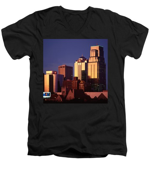 Kansas City Men's V-Neck T-Shirt