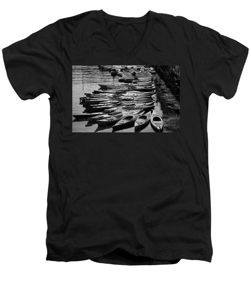 Kayaks At Rockport Black And White Men's V-Neck T-Shirt