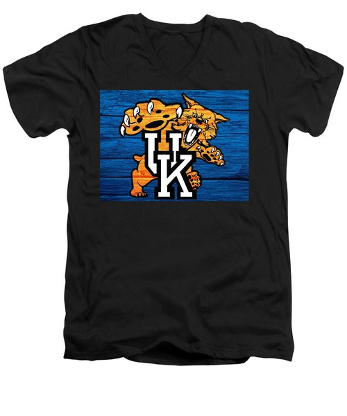 Kentucky Wildcats Barn Door Men's V-Neck T-Shirt