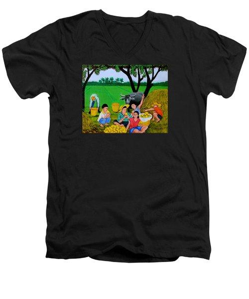 Kids Eating Mangoes Men's V-Neck T-Shirt