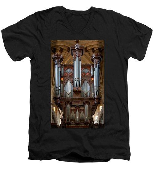 King Of Instruments Men's V-Neck T-Shirt