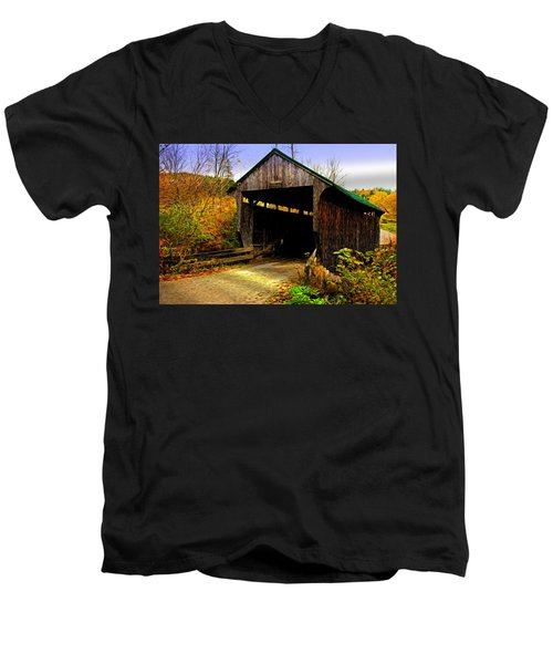 Men's V-Neck T-Shirt featuring the photograph Kissing Bridge by Bill Howard