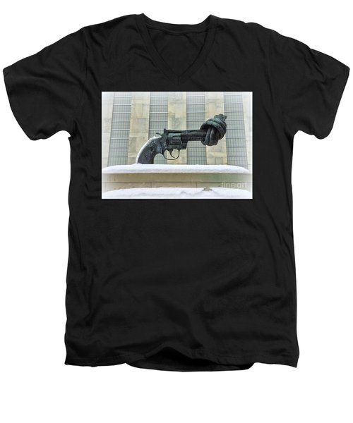 Knotted Gun Sculpture At The United Nations Men's V-Neck T-Shirt