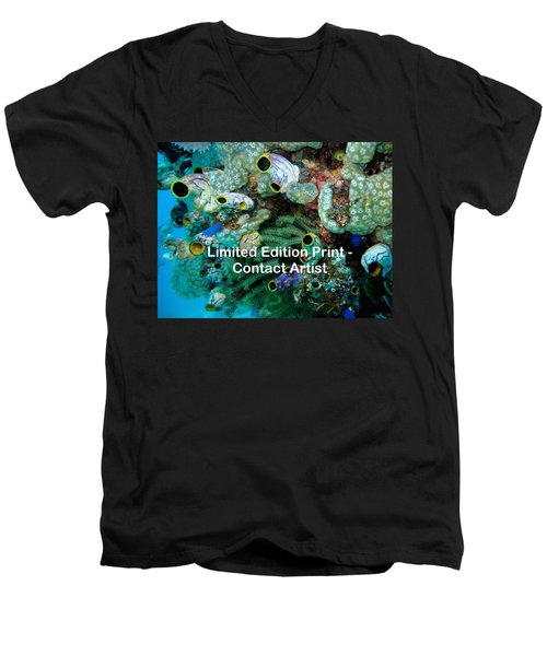 Komodo Island 5 Men's V-Neck T-Shirt