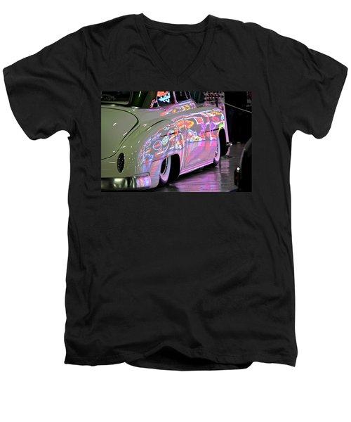Kustom Neon Reflections Men's V-Neck T-Shirt