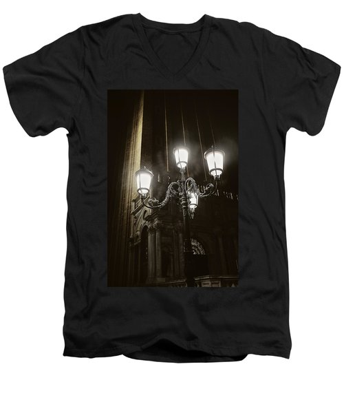 Lamp Light St Mark's Square Men's V-Neck T-Shirt