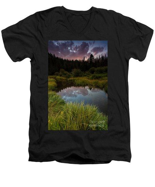 Laramie River Sunset Men's V-Neck T-Shirt