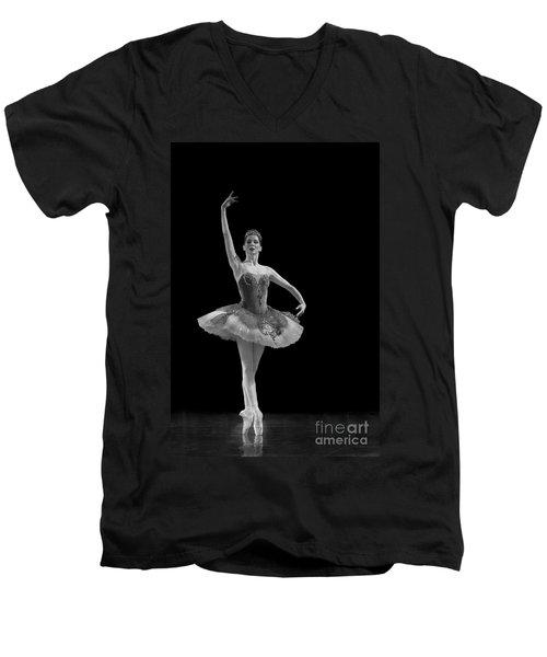 Le Corsaire - Pas De Deux. Men's V-Neck T-Shirt