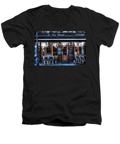Le Petit Chatelet Paris France Men's V-Neck T-Shirt