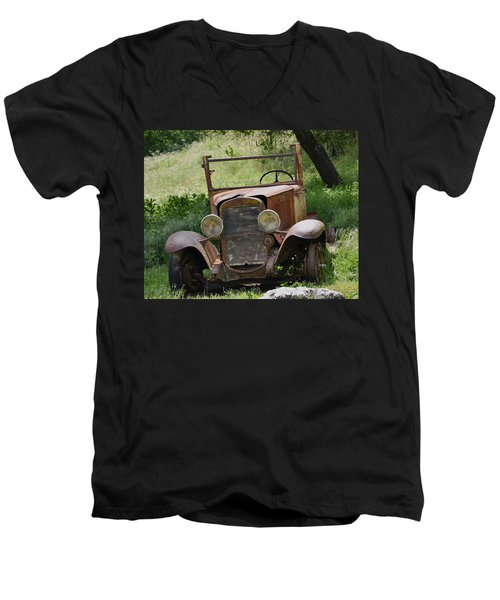 Left To Die Men's V-Neck T-Shirt