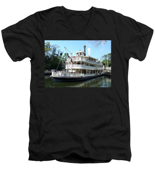 Men's V-Neck T-Shirt featuring the photograph Liberty Riverboat by David Nicholls