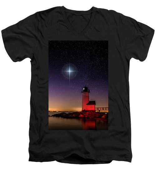 Men's V-Neck T-Shirt featuring the photograph Lighthouse Star To Wish On by Jeff Folger
