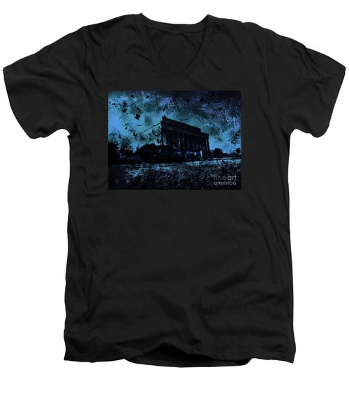 Lincoln Memorial Men's V-Neck T-Shirt