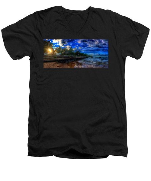Lincoln Park Sunset Men's V-Neck T-Shirt