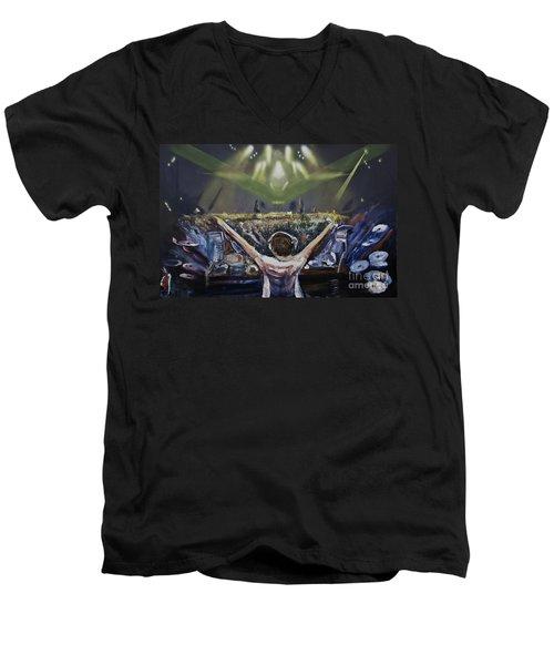 Live Dj Men's V-Neck T-Shirt
