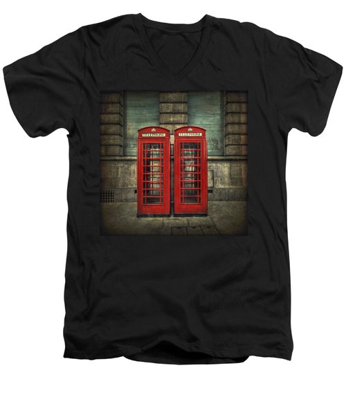 London Calling Men's V-Neck T-Shirt
