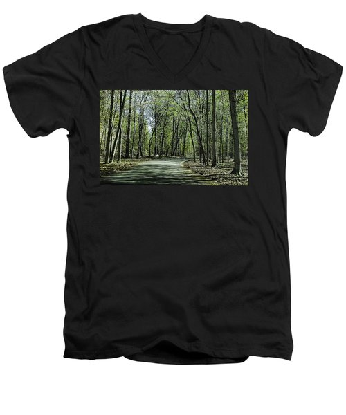 M119 Tunnel Of Trees Michigan Men's V-Neck T-Shirt