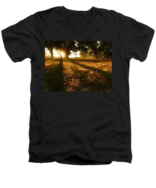 Majestic Oaks Sunrise Men's V-Neck T-Shirt