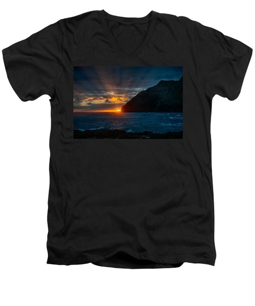 Makapuu Sunrise Men's V-Neck T-Shirt