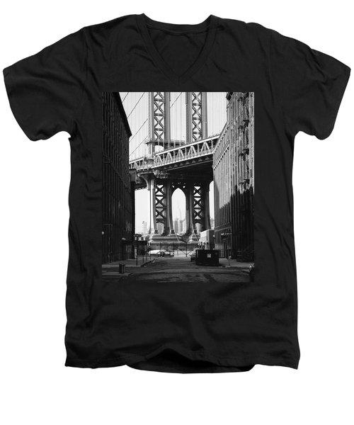 Manhattan Bridge Men's V-Neck T-Shirt