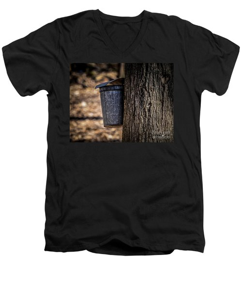 Maple Syrup Time Collecting Sap Men's V-Neck T-Shirt