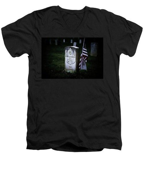 Medal Of Honor Men's V-Neck T-Shirt