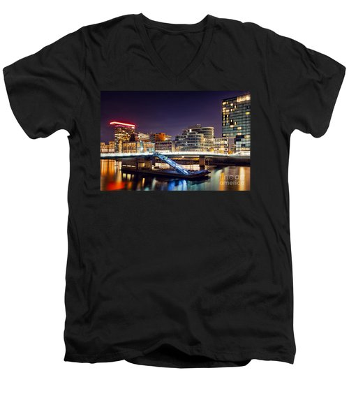 Media Harbor Dusseldorf Men's V-Neck T-Shirt