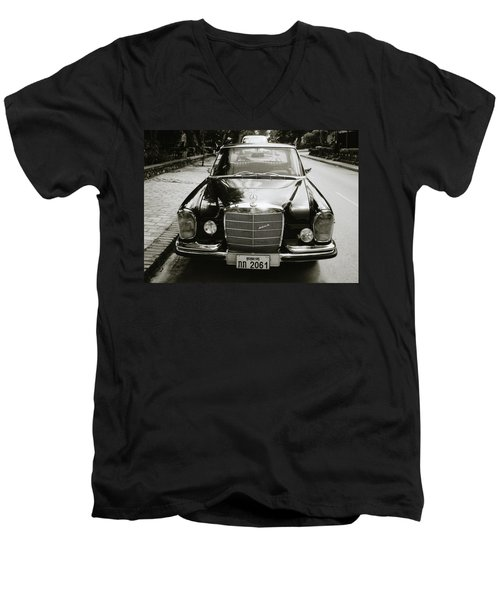 Mercedez Benz Men's V-Neck T-Shirt