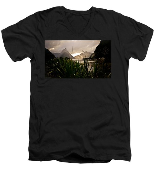Milford Sound Men's V-Neck T-Shirt