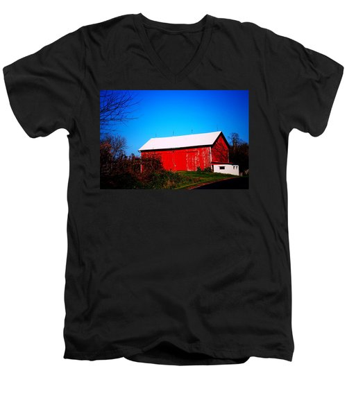 Milk House And Barn Men's V-Neck T-Shirt