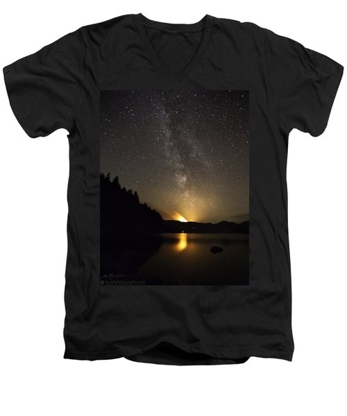 Milky Way At Crafnant 2 Men's V-Neck T-Shirt