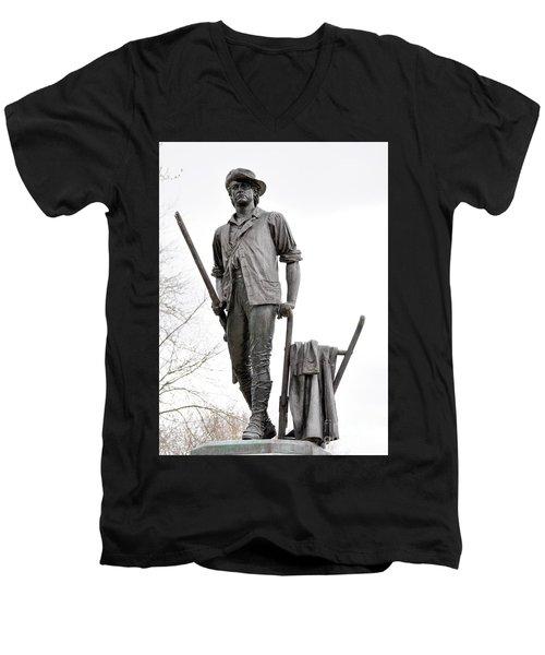Minute Man Statue Men's V-Neck T-Shirt