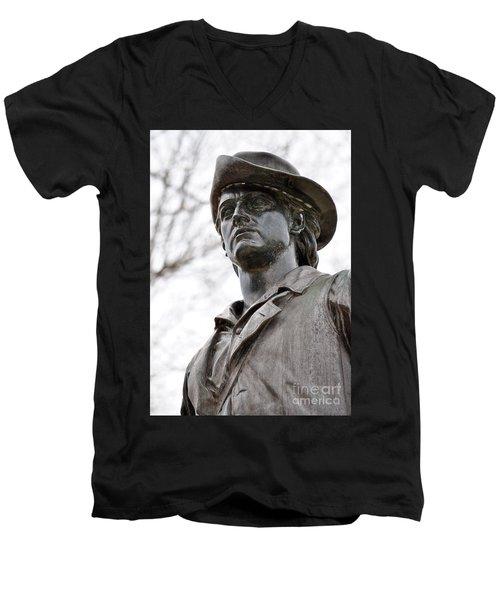 Minute Man Statue 3 Men's V-Neck T-Shirt