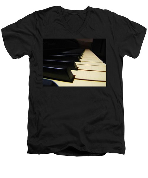 Men's V-Neck T-Shirt featuring the photograph Moment Of Silence by Greg Simmons